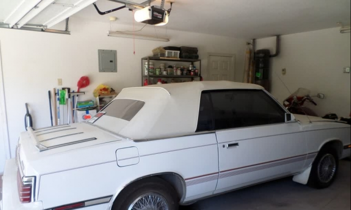 1985 Chrysler LeBaron 2 Door Convertible