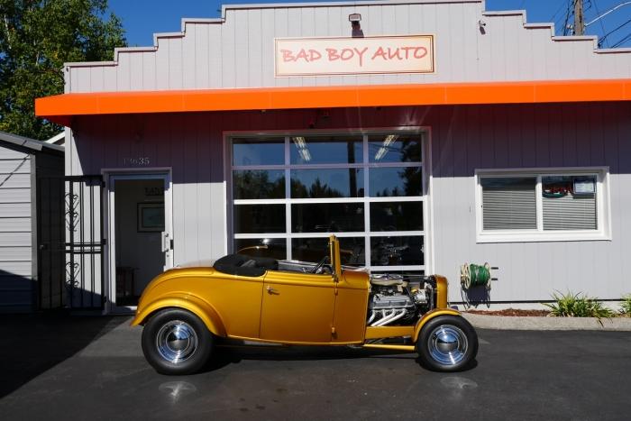 1932 Ford 2 Door Cabriolet