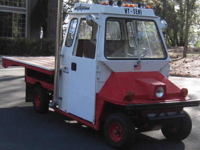 1989 Cushman Truckster