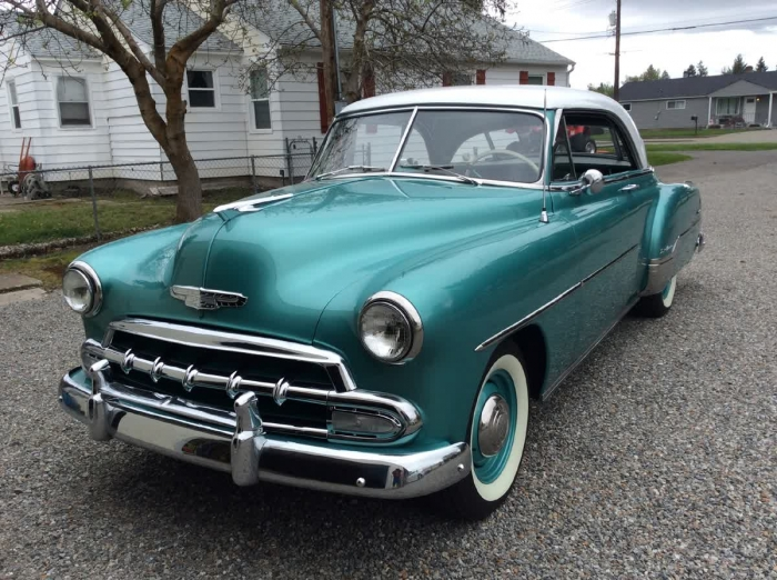 1952 Chevrolet Deluxe Two Door Hardtop