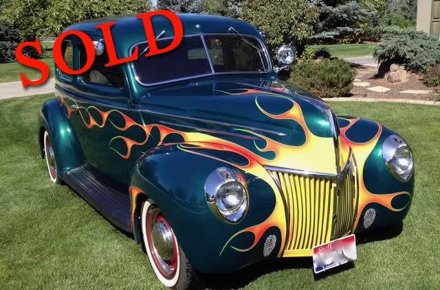 1939 Ford Deluxe Sedan Rod