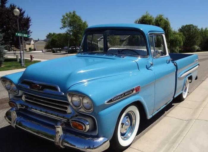 1959 Chevrolet Apache Fleetside Shortbed Pickup