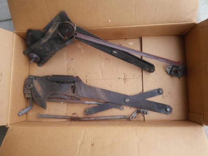 Used Parts - Window Cranks From 1955 Chevrolet Cameo