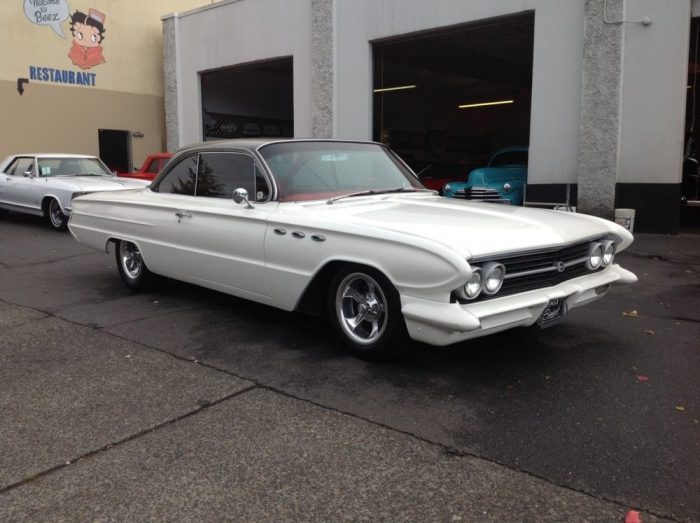 1961 Buick Invicta 2 Door Hardtop