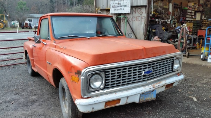 1972 Chevrolet C10 Step Side Pick Up