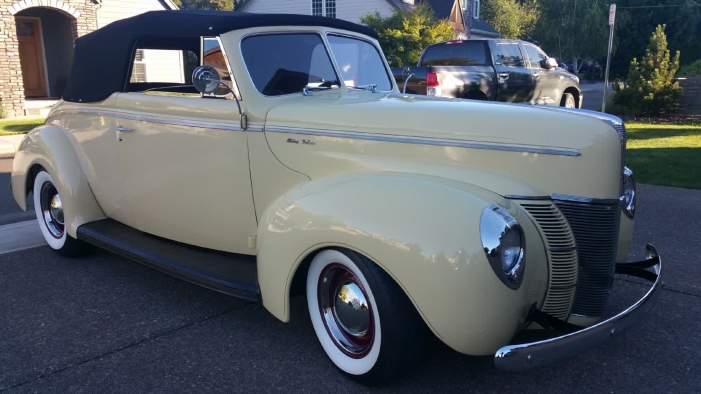1940 Ford Convertible Beautiful