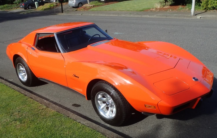 1975 Chevrolet Corvette Stingray T-Top Coupe