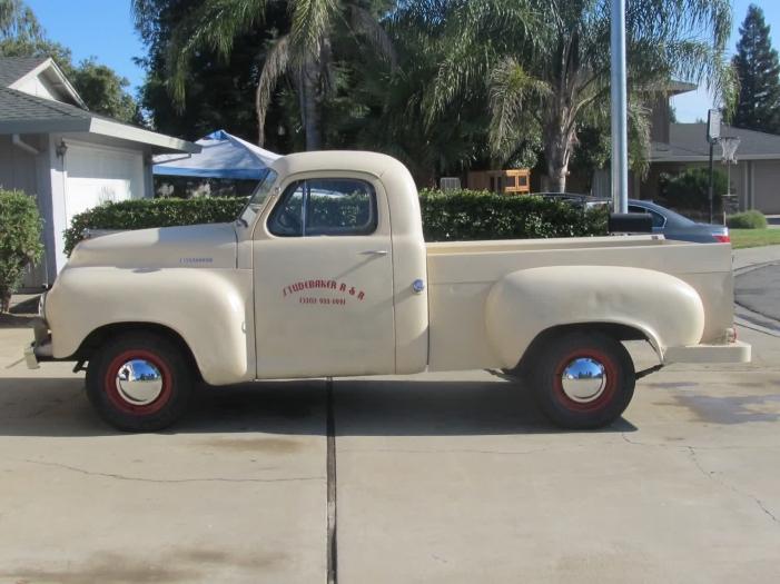 1953 Studebaker 3R6 1/2 Ton Shortbed