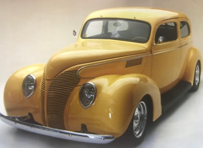 1939 Ford Standard 2 Door Sedan