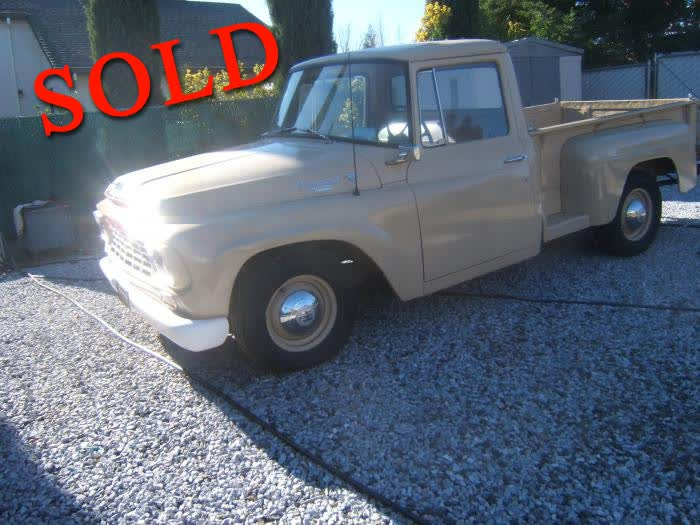 1962 International 100 SWB Pickup
