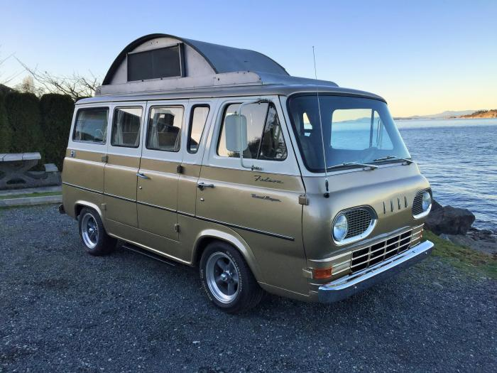 1965 Ford Econoline Travelwagon