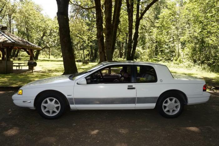 1989 Mercury Cougar XR-7