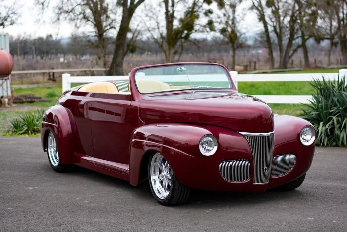 1941 Ford Super Deluxe Custom Roadster