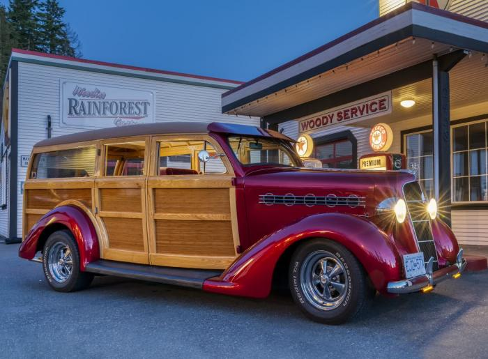 1935 Plymouth Woody