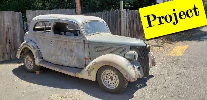 1936 Ford 2 Door Sedan Humpback