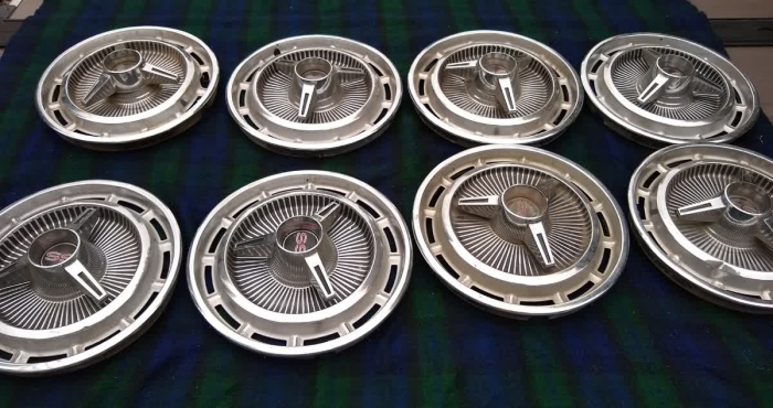 Used Parts - Vintage 1963 1964 1965 Chevrolet SS Knock Off Style Hub Caps (8)