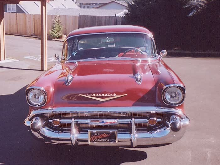 1957 Chevrolet Bel Air Post