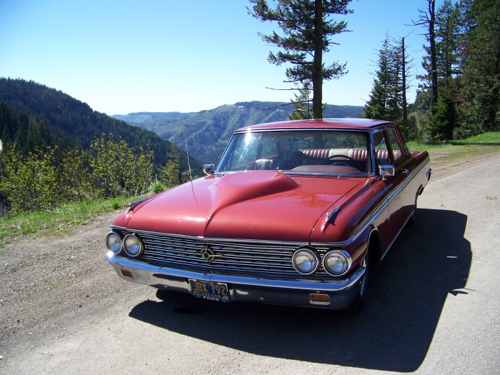 1962 Ford Galaxie 500  2 Door Sedan