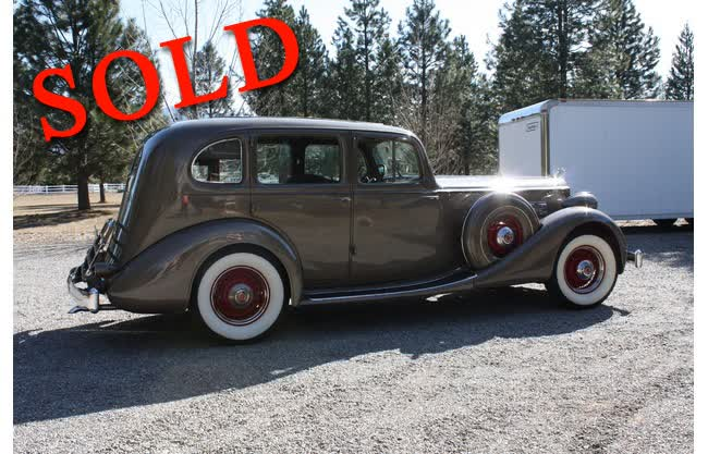 1935 Packard Super 8 / 1203 Sedan